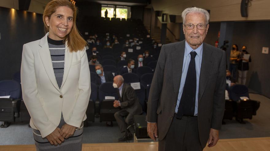 Oliver y Garrigues reivindican el papel de la sociedad civil frente a la pandemia