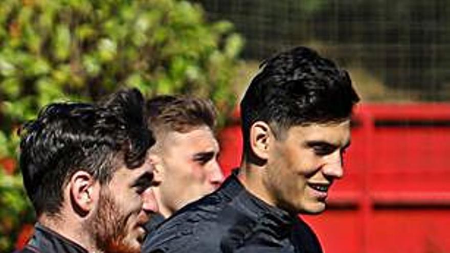 El Sporting vuelve a entrenarse hoy con la duda de Campuzano