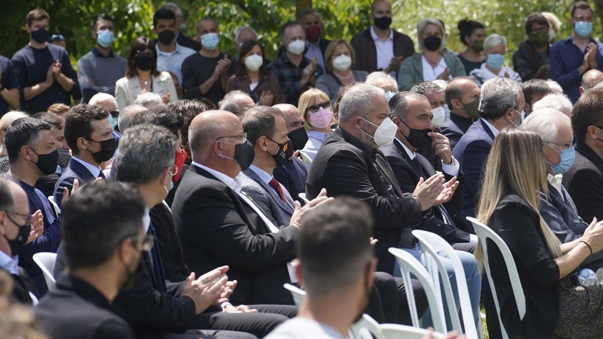 Compañeros y amigos despiden en Girona a Francesc Arnau