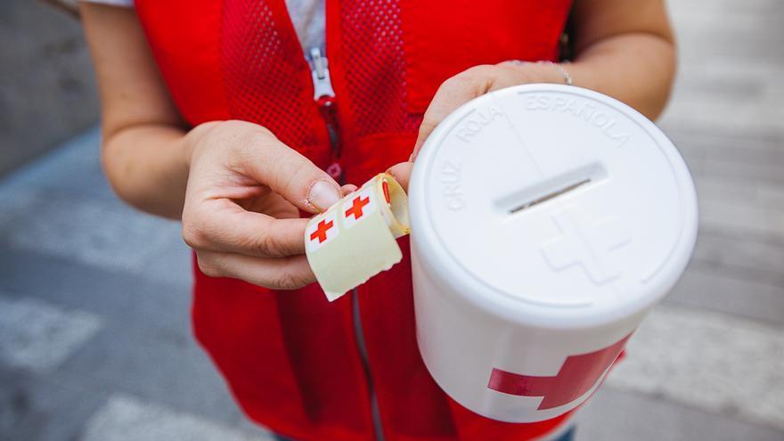 Cruz Roja celebra su primer día de la banderita sin huchas en Córdoba