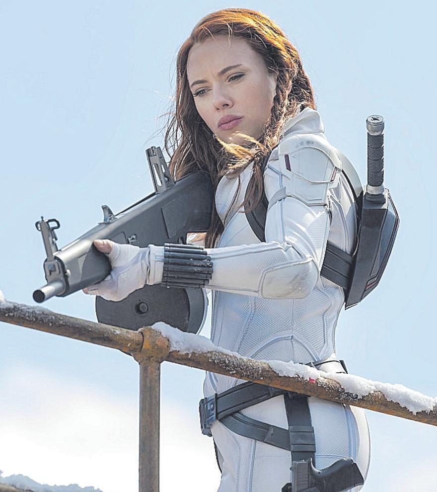 Scarlett Johansson denuncia a Disney por estrenar 'Viuda Negra'