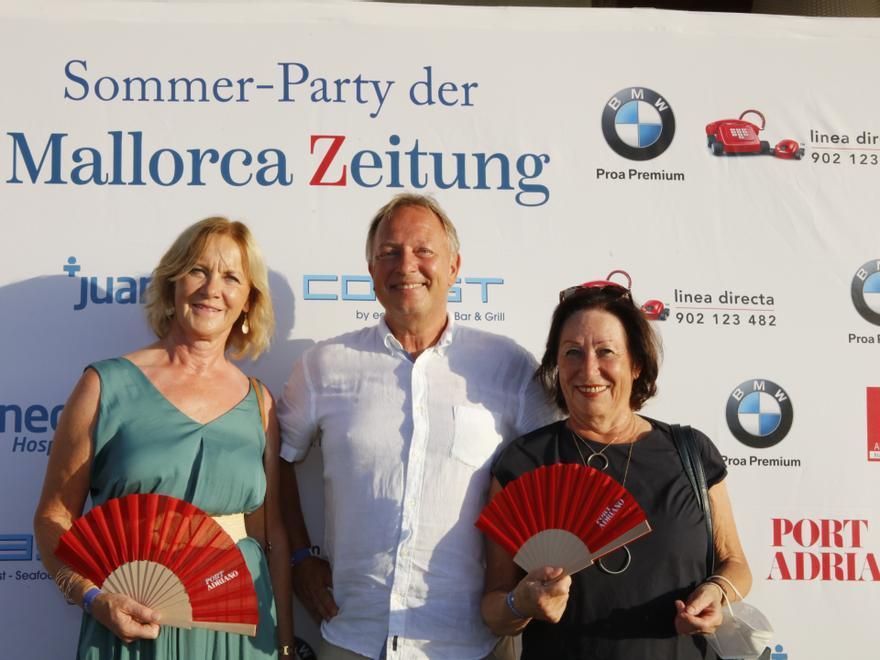 07 bei mir 6 Elsbeth Wolf-K�rling, Rolf K�rling, Birgit Jakobs.JPG