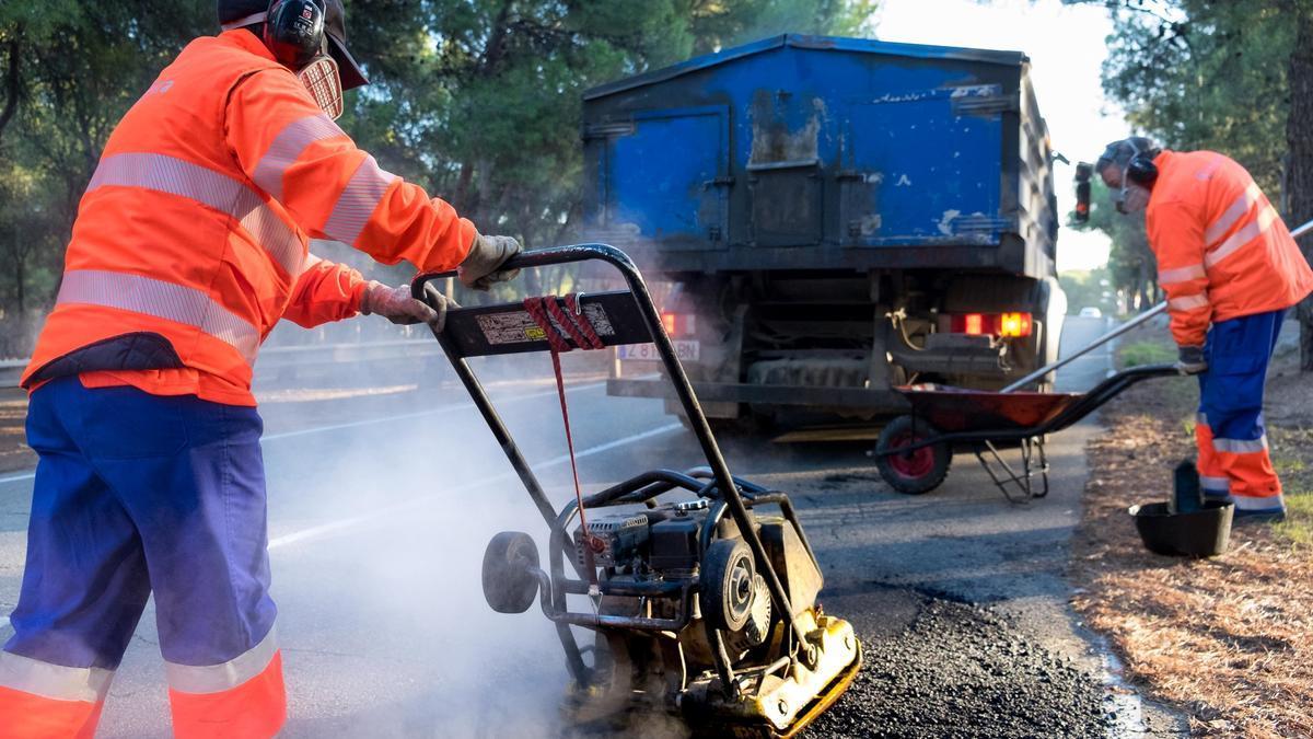 El Ayuntamiento de Zaragoza continúa en junio con el Plan de bacheo para mejorar los caminos de los barrios rurales