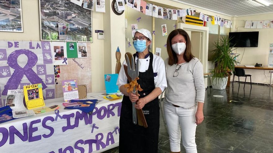 El colegio Rafael Altamira clausura el taller de absentismo escolar con un homenaje a las mujeres en El Campello