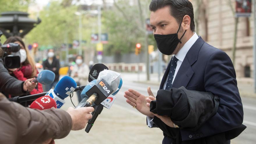 """El abogado de la joven de Sabadell apoya preguntas del fiscal: """"Era necesario"""""""