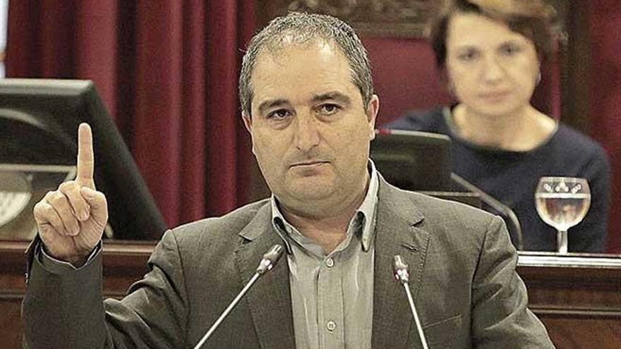 Las detenciones en la cúpula marcarán el consejo de administración del próximo miércoles
