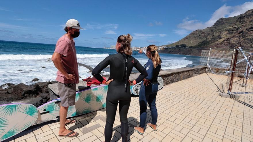 El surf se topa con el grave riesgo de aludes en el Arenal