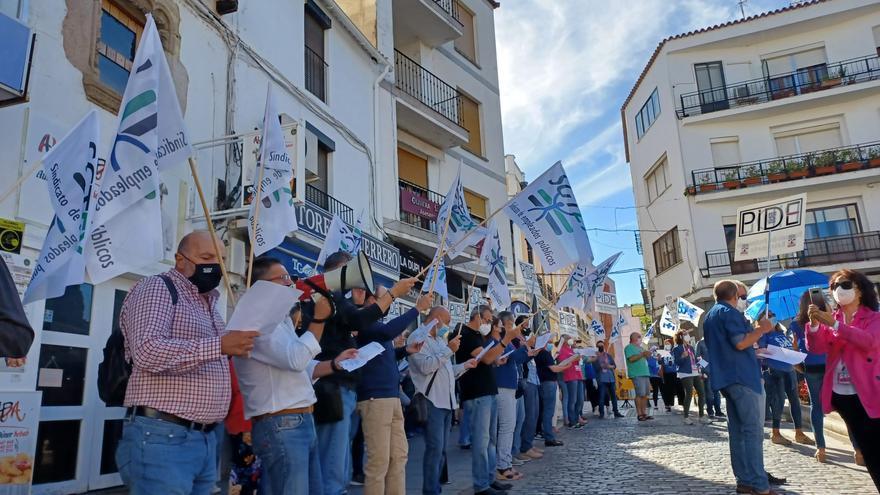 PIDE, Sgtex y SAE protestan para pedir la subida salarial del 2% aún pendiente