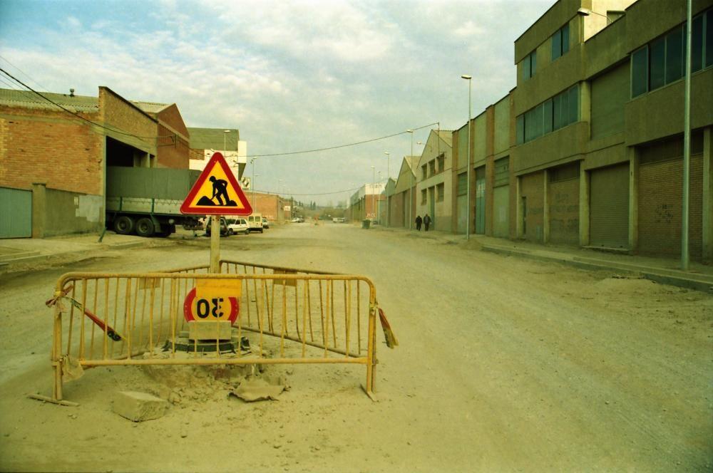 Tram del polígon en obres, quan no estava asfaltat (1995)