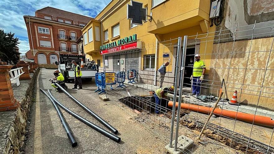 Comienzan los trabajos de renovación de redes en las calles Santa Catalina y Alcañices de Benavente