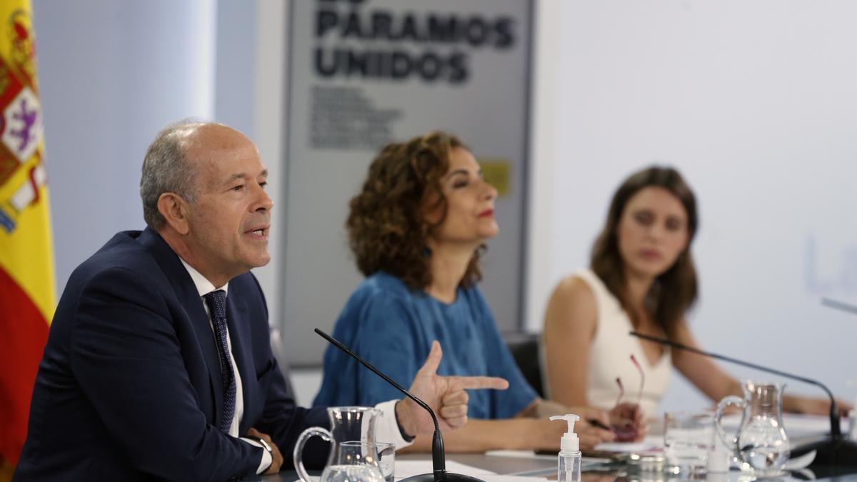 El Gobierno formaliza el traspaso de la gestión de Prisiones al País Vasco.