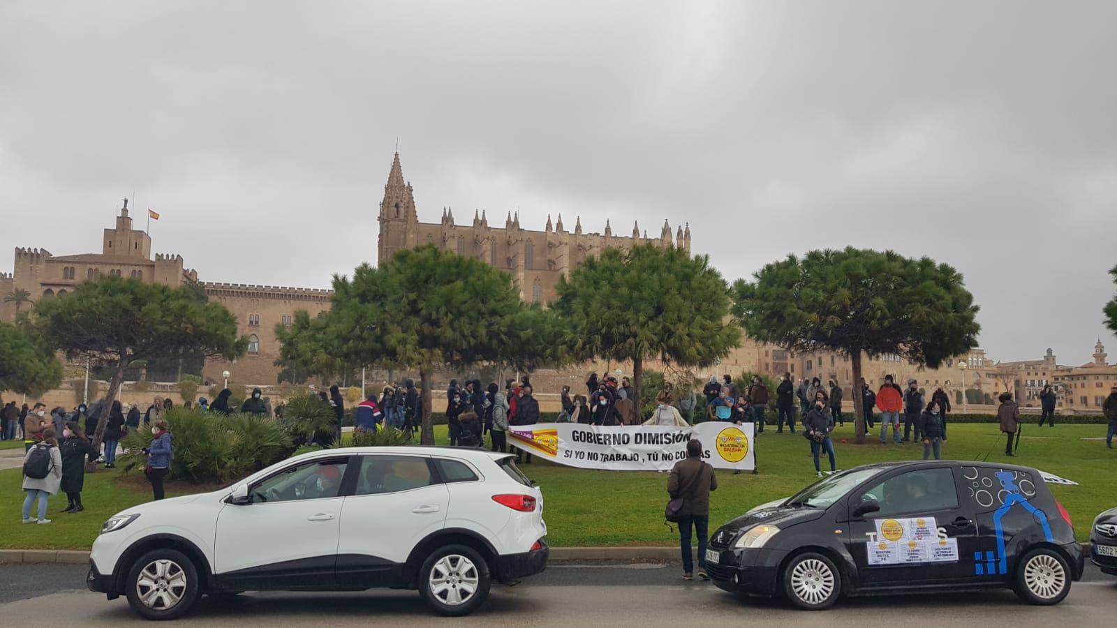 Protesta contra el cierre de la restauración en Mallorca