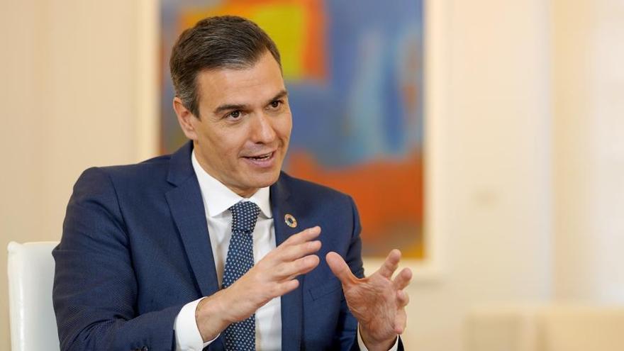 """Pedro Sánchez: """"Araceli y Mónica representan una nueva etapa esperanzadora"""""""