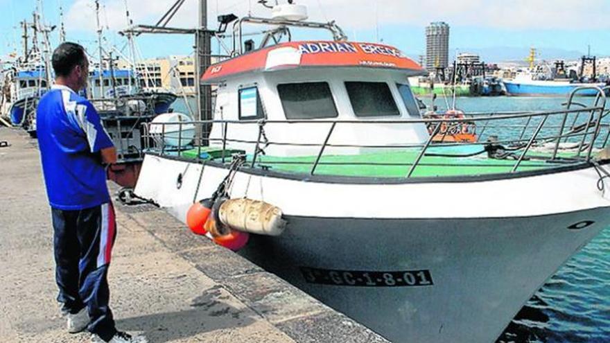Inmobiliaria vende barco