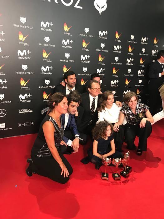 """Foto del equipo de """"Verano 1993"""", triunfadores de los premios """"Feroz"""""""