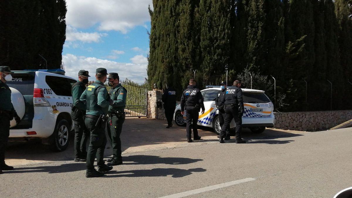 Imagen de archivo de una intervención de la Guardia Civil en una fiesta ilegal en Mallorca.