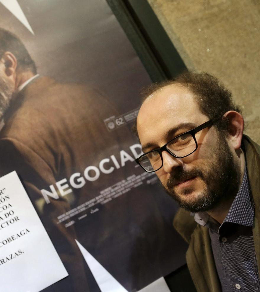 Borja Cobeaga rodará en otoño 'Los aitas', una comedia sobre la masculinidad