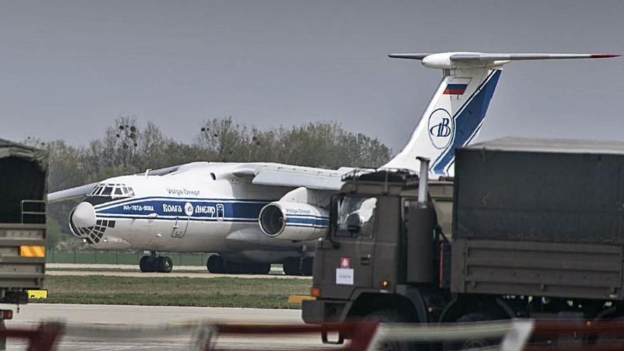 Troben els cossos dels passatgers de l'avió que va desaparèixer a Rússia