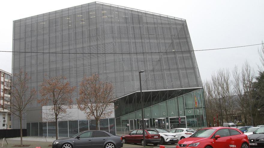 Edificio judicial de Ourense. // I. Osorio