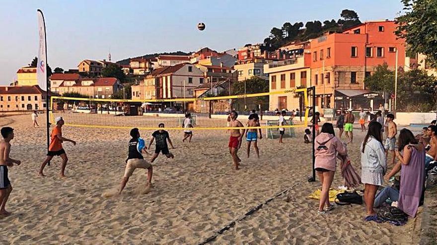 Arealonga y Cesantes estrenan zonas de actividades deportivas
