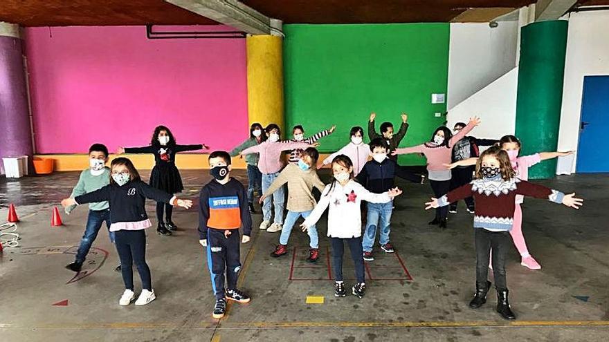 El colegio de Lourdes celebra la fiesta de la patrona