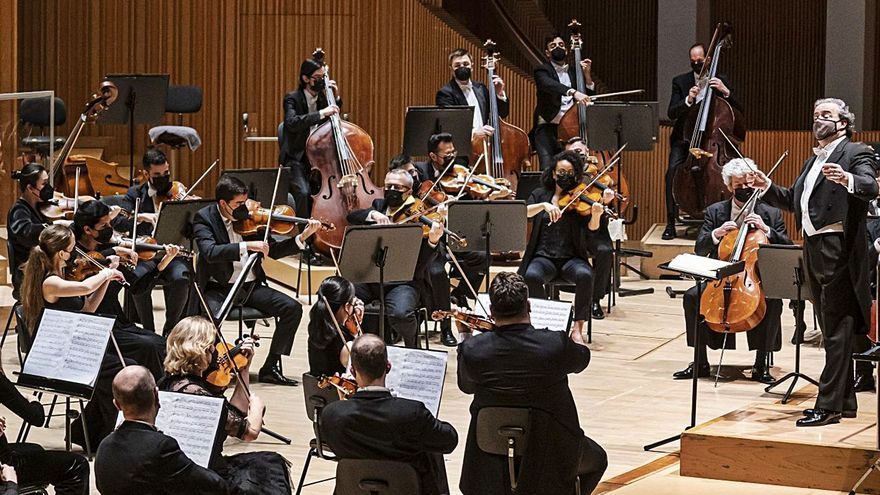 L'Orquestra de Les Arts debuta en Ensems dirigits per Juanjo Mena