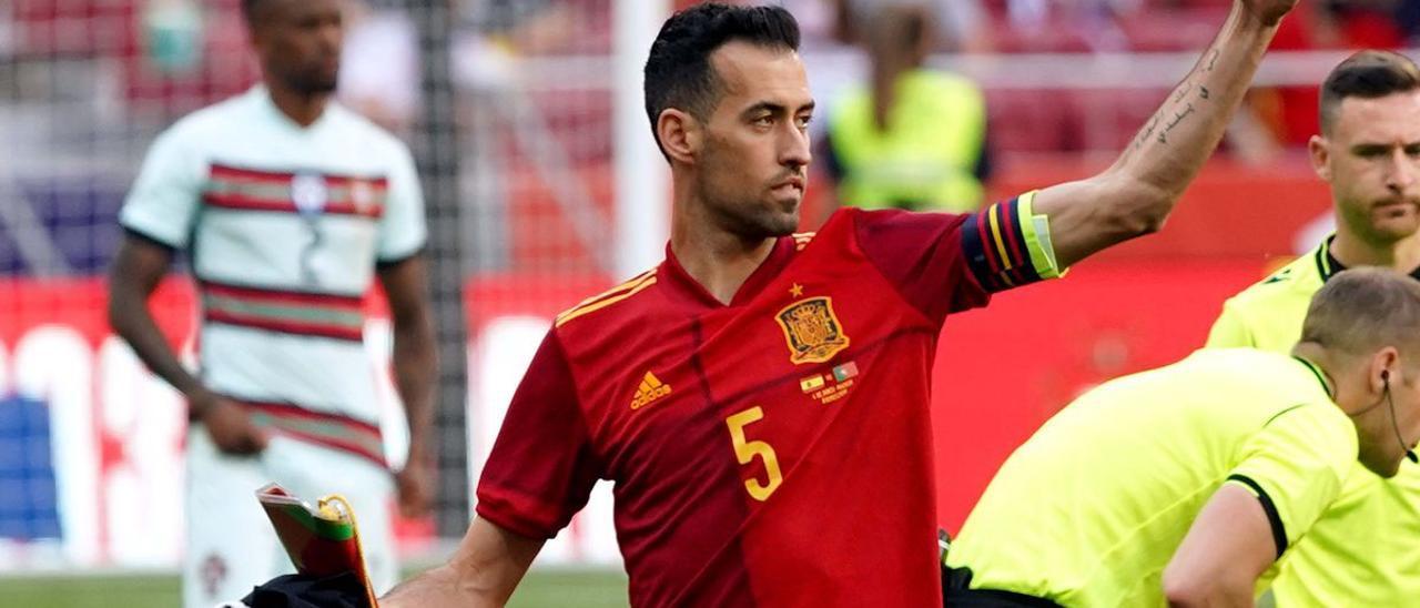 Sergio Busquets antes del partido amistoso que enfrento a la selección de España contra Portugal