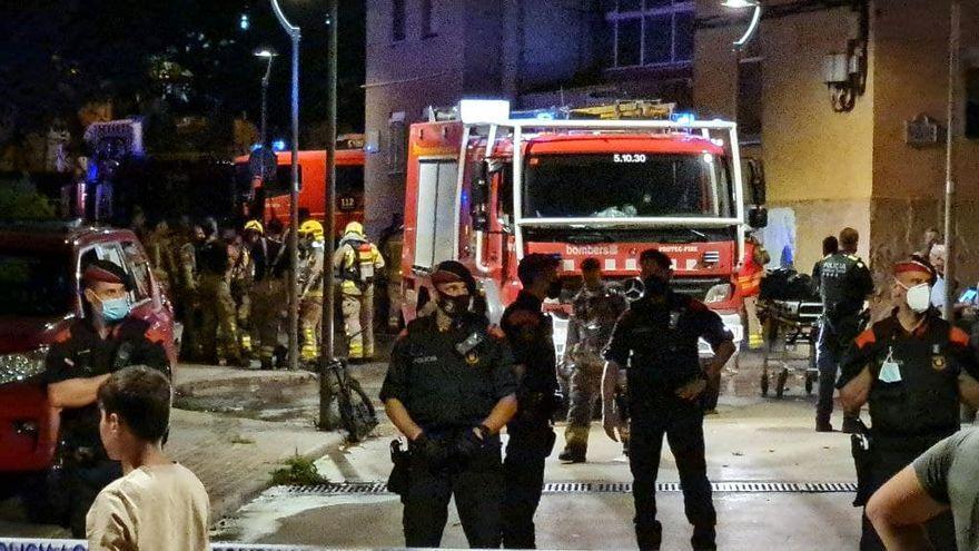 L'edifici incendiat a Olesa de Montserrat, en imatges