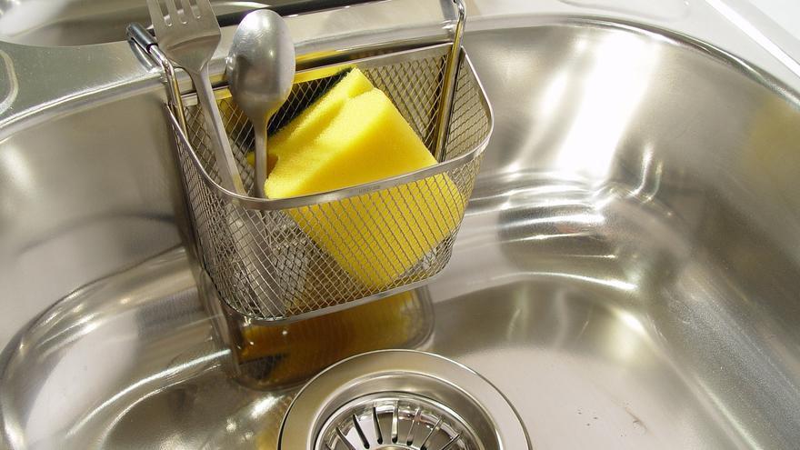 La solución definitiva para deshacerte del mal olor del fregadero