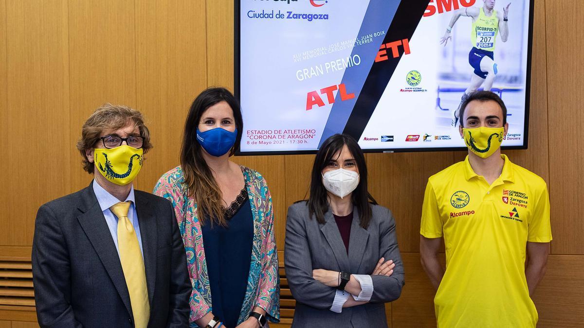 De izquierda a derecha: Guerras, Cristina García, Frago y Menacho.