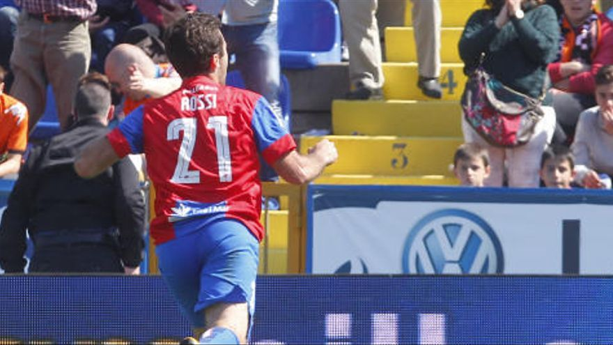 El Levante UD evoca a Rossi con su gol en el último Derbi