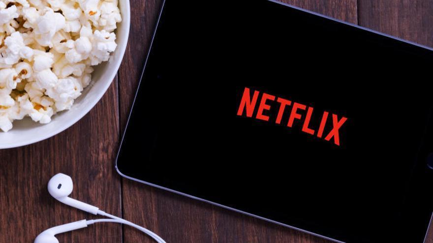 Manuel García-Rulfo protagonizará la serie 'The Lincoln Lawyer' en Netflix