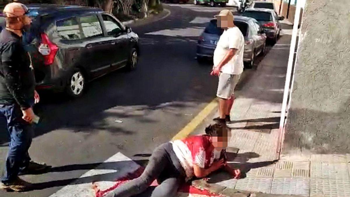 La mujer apuñalada por su sobrino en Tenerife sigue hospitalizada