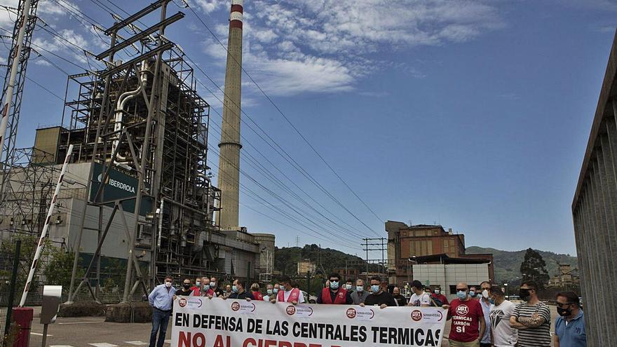 La bolsa de empleo del cierre de térmicas: 53 subcontratados de Lada se inscribieron