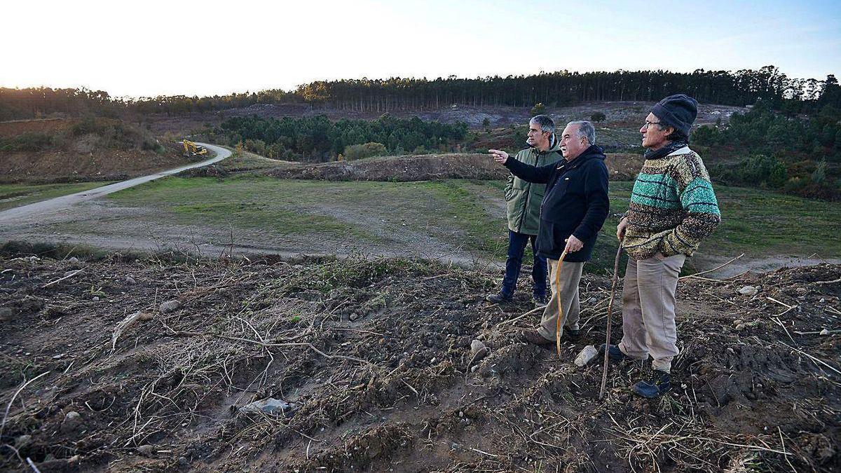 Terrenos del antiguo camo de tiro de la Brilat donde se proyecta el campo de fútbol de Salcedo .