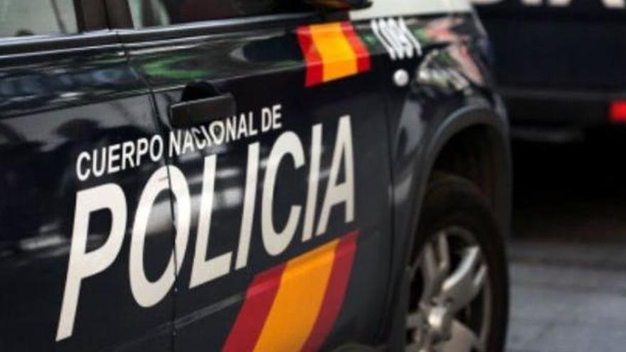Cuatro detenidos por agredir sexualmente a dos chicas de 15 y 16 años en Sevilla