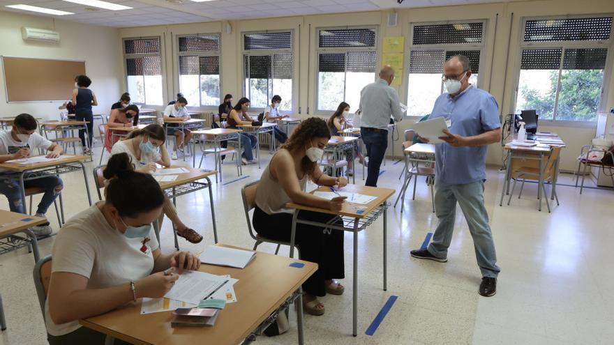 El 90% de inscritos se presenta a las pruebas de valenciano