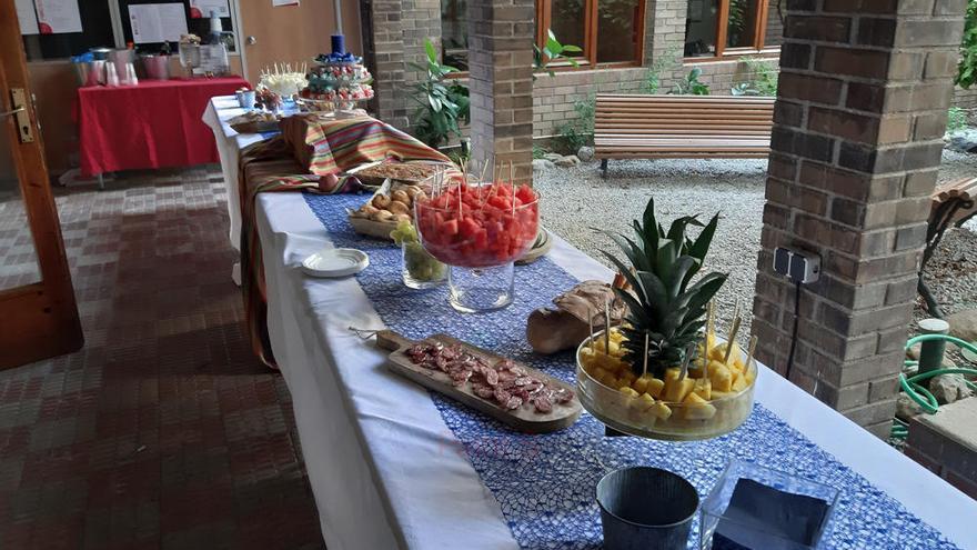 El grup de Figueres d'Alcohòlics Anònims festeja el seu primer aniversari