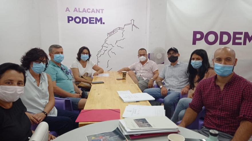 Podemos constituye la mesa permanente de trabajo sobre el litoral sur de Alicante