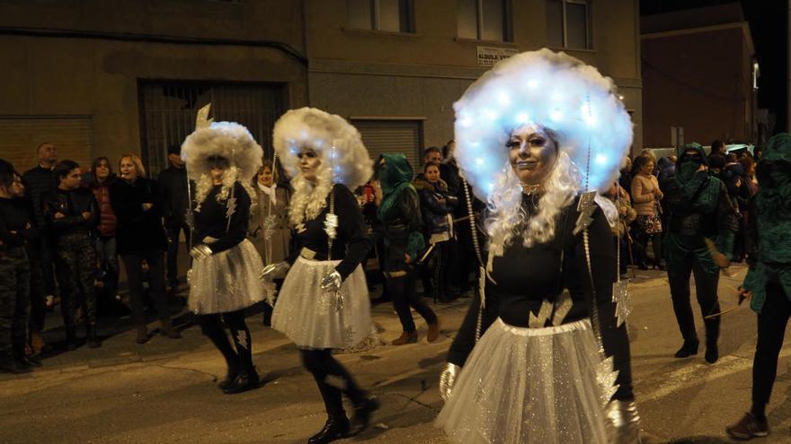 Los disfraces más coloridos y originales se vieron el sábado noche en Bullas