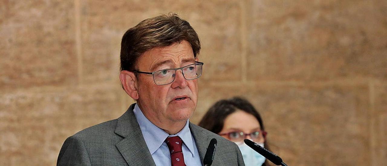 El presidente de la Generalitat, Ximo Puig, ayer, durante su comparecencia en el Palau.    INFORMACIÓN
