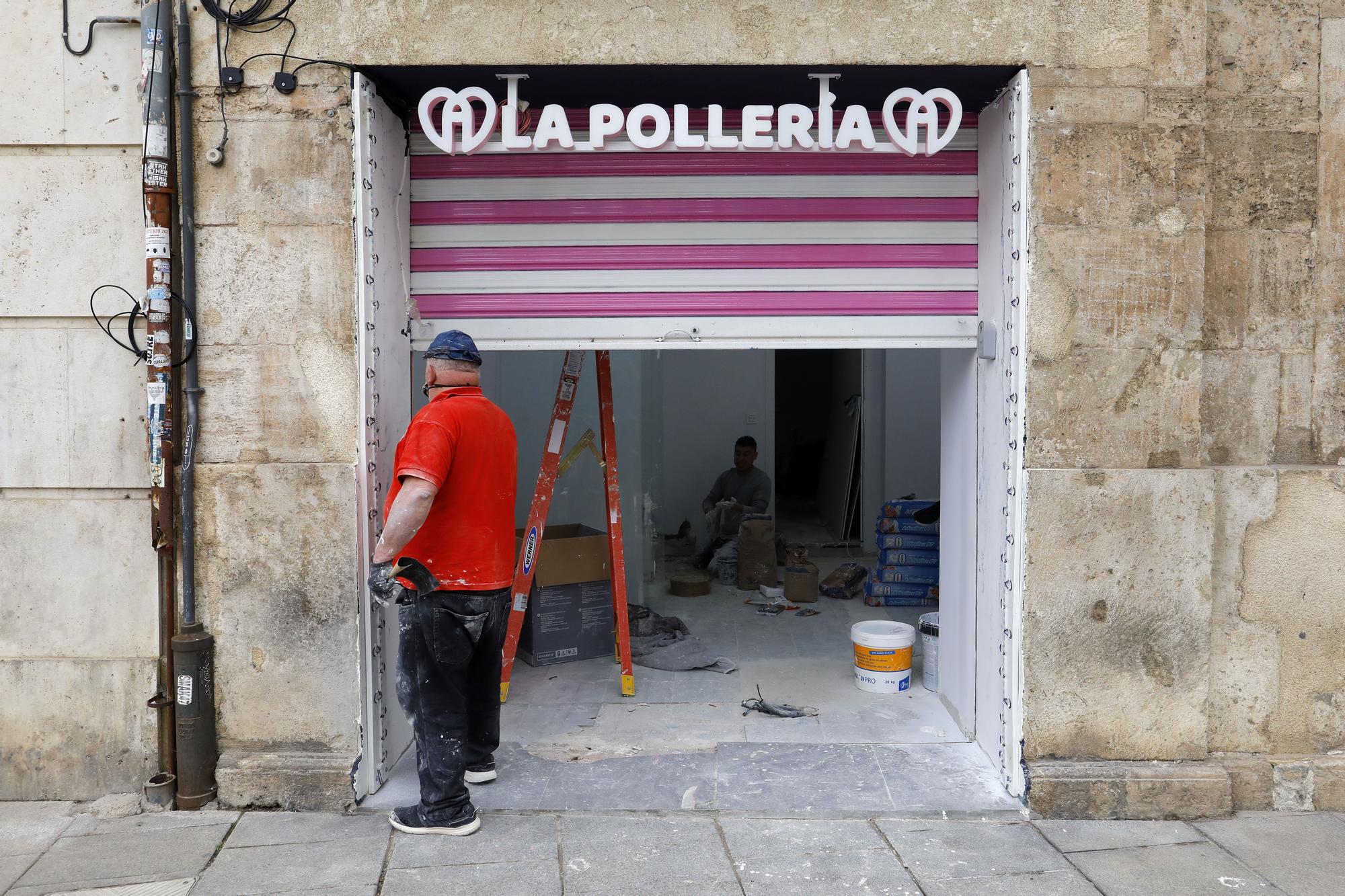 Pollería Valencia: así es la nueva tienda de gofres con forma de pene