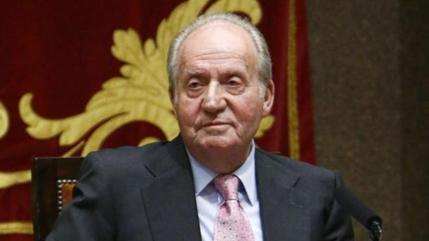 Exministros y altos cargos respaldan a Juan Carlos I
