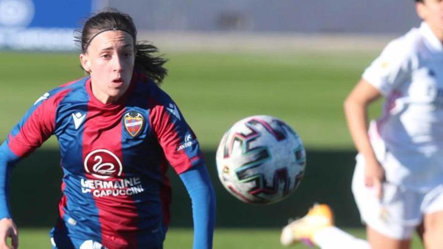 Eva Navarro lleva al Levante a la final de la Supercopa femenina de fútbol