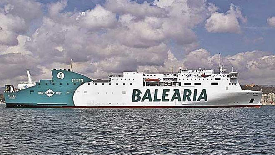 Primera escala en Palma del nuevo buque 'Marie Curie'
