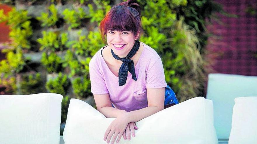 """Elisa Victoria: """"La juventud también tiene un lado oscuro"""""""