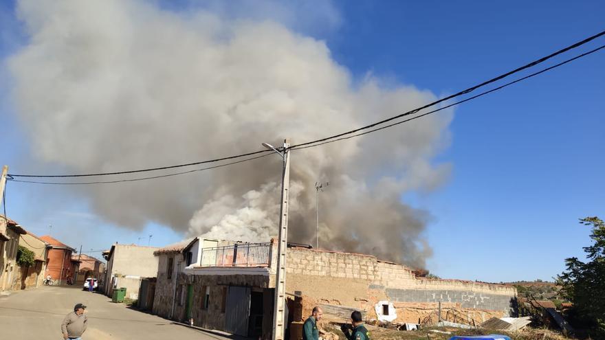 Arde una vivienda en Pobladura del Valle