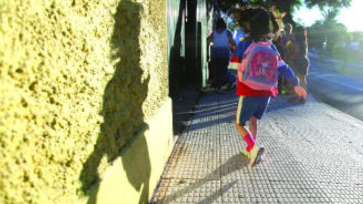 Canarias cree importante saber si es posible abrir guarderías y colegios en la desescalada