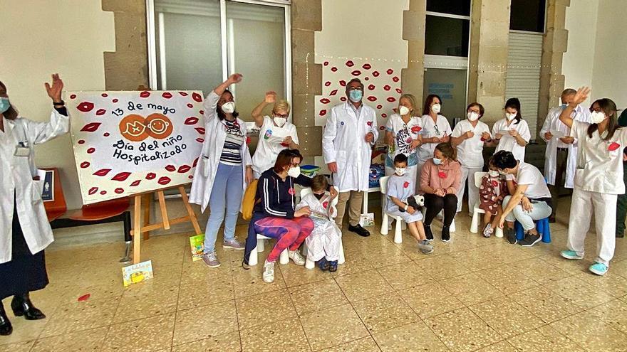 Besos solidarios por el Día del Niño Hospitalizado