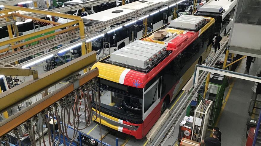 Neue E-Busse kommen in der Bucht von Alcúdia zum Einsatz